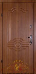 Вхідні двері 249
